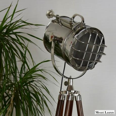 MOUNT LAUREN - Nautic Tripod Searchlight